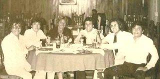 Juan Ruben Zuñiga con los Hnos.Tena, 1975